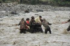 Indian Army in kashmir rescue