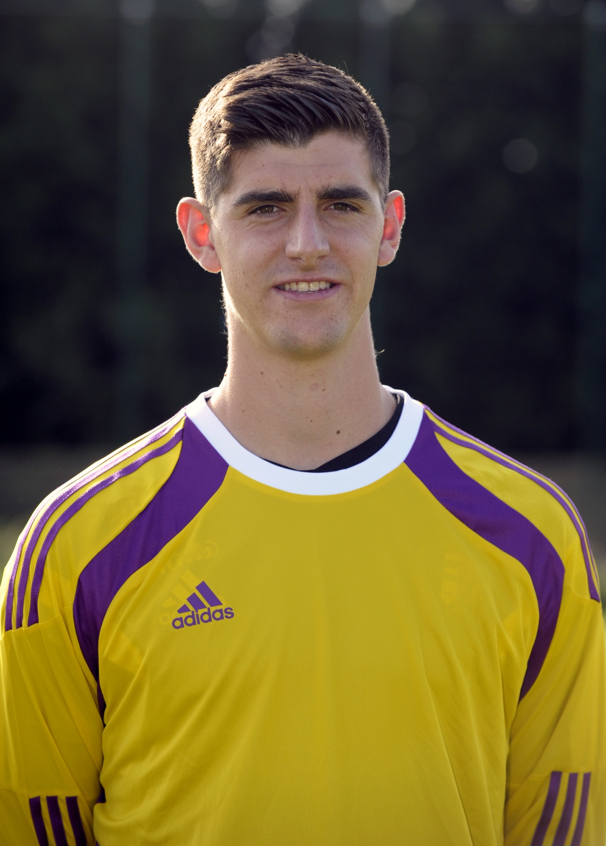 Pens Five-Year Courtois New at Chelsea Thibaut Deal