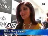 shilpa-shetty-kundra-at-jewellery-store-launch