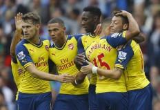 Arsenal Mesut Ozil Oxlade-Chamberlain Welbeck Gibbs Ramsey