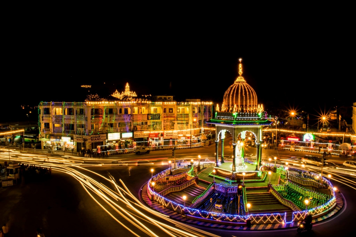 Mysore Dussehra Royal City Celebrates 10-day Festivities with Lights Arts and Elephants [PHOTOS+VIDEO] & Mysore Dussehra: Royal City Celebrates 10-day Festivities with ... azcodes.com