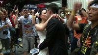 hk-newlyweds-get-snaps-with-democracy-protesters