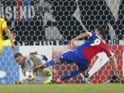 Marco Streller FC Basel Mignolet Liverpool