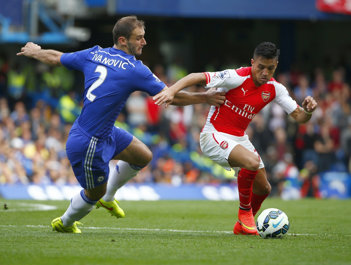 Arsenal News Did Alexis Sanchez Throw a Punch at Chelsea s