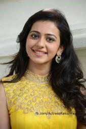Gabbar Singh 2 Heroine: Rakul Preet Singh Set To Romance Pawan Kalyan