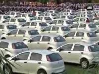diamond-merchant-gifts-employees-cars-and-jewellery-ahead-of-diwali