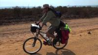 ex-s-african-soldier-pedals-back-to-angola-25-years-after-war