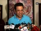govinda-inaugurates-art-exhibition-show