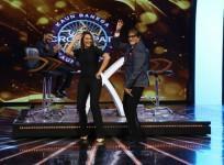Sonakshi Sinha, Ajay Devgn and Prabhudeva promote 'Action Jackson' at Big B's KBC 8