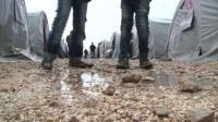 tough-weather-hits-kobane-refugees-in-turkish-camp