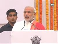 pm-narendra-modi-administers-unity-pledge-on-sardar-patels-birth-anniversary