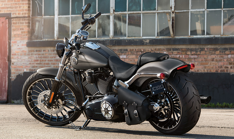 harley-davidson launches cvo limited, breakout and street glide