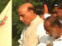 pranab-mukherjee-and-rajnath-singh-flags-off-run-for-unity-to-mark-sardar-patels-birth-anniversar
