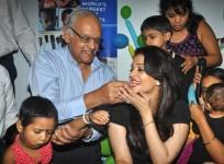 Aishwarya Rai Bachchan Celebrates Father's Birthday