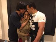 Shah Rukh Khan-Salman Khan with Arpita Khan