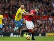James McArthur Crystal Palace Robin Van Persie Manchester United