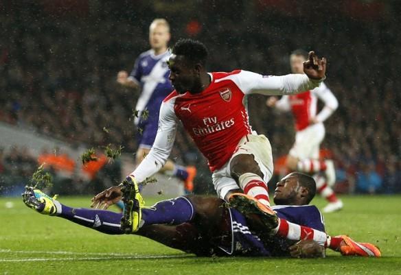 Danny Welbeck Arsenal Anderlecht Chancel Mbemba