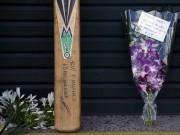 Phil Hughes Cricket Bat Flowers Tribute SCG