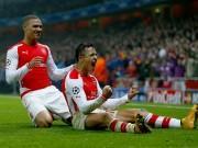 Kieran Gibbs Alexis Sanchez Arsenal