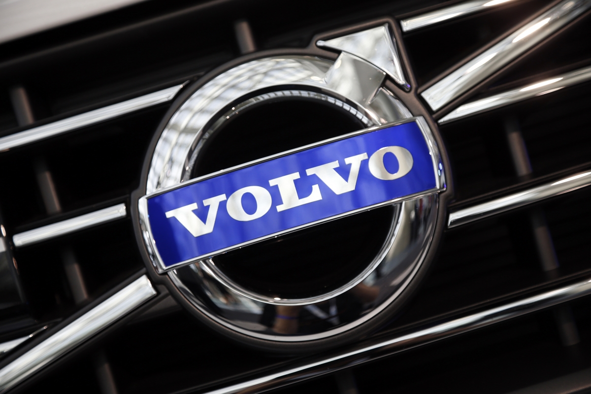 Volvo V40 Hatchback India Launch in April 2015: Report