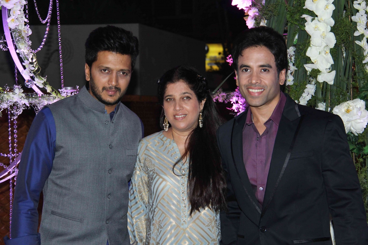 Stars Shine At Designer Manish Malhotra S Niece S Sangeet