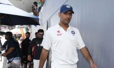 MS Dhoni Virat Kohli India