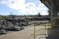 Hawaii lava heads towards petrol bunk, shopping mall