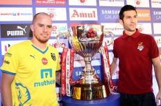 ISL Final Trophy Iain Hume Kerala Blasters Luis Garcia Atletico de Kolkata