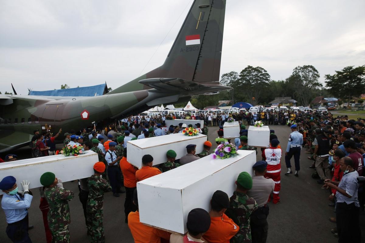 Airasia Qz8501 Airasia Qz8501 Fuselage