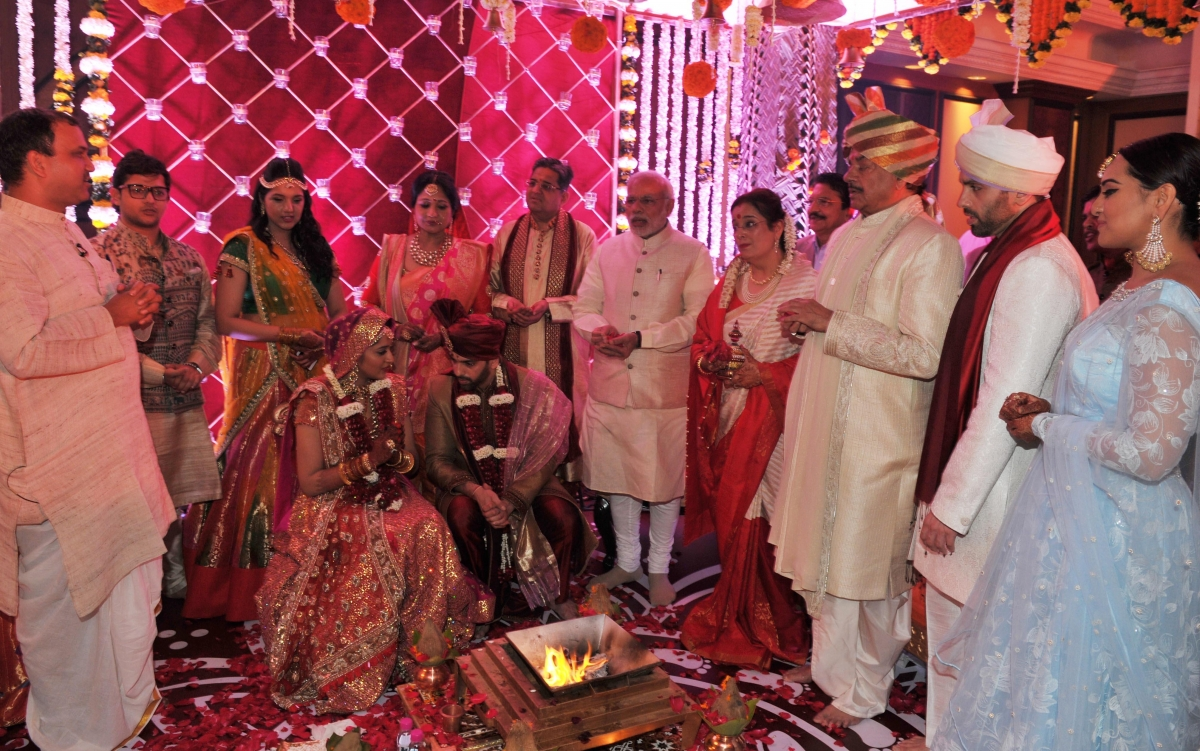 Sonakshi Sinhas Brother Kusshs Marriage Reception Amitabh Bachchan Rajinikanth Kajol And