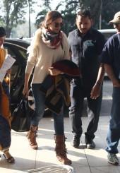 Deepika Padukone, Vivek Oberoi, Jaya Bachchan and Other Celebs Spotted at Mu