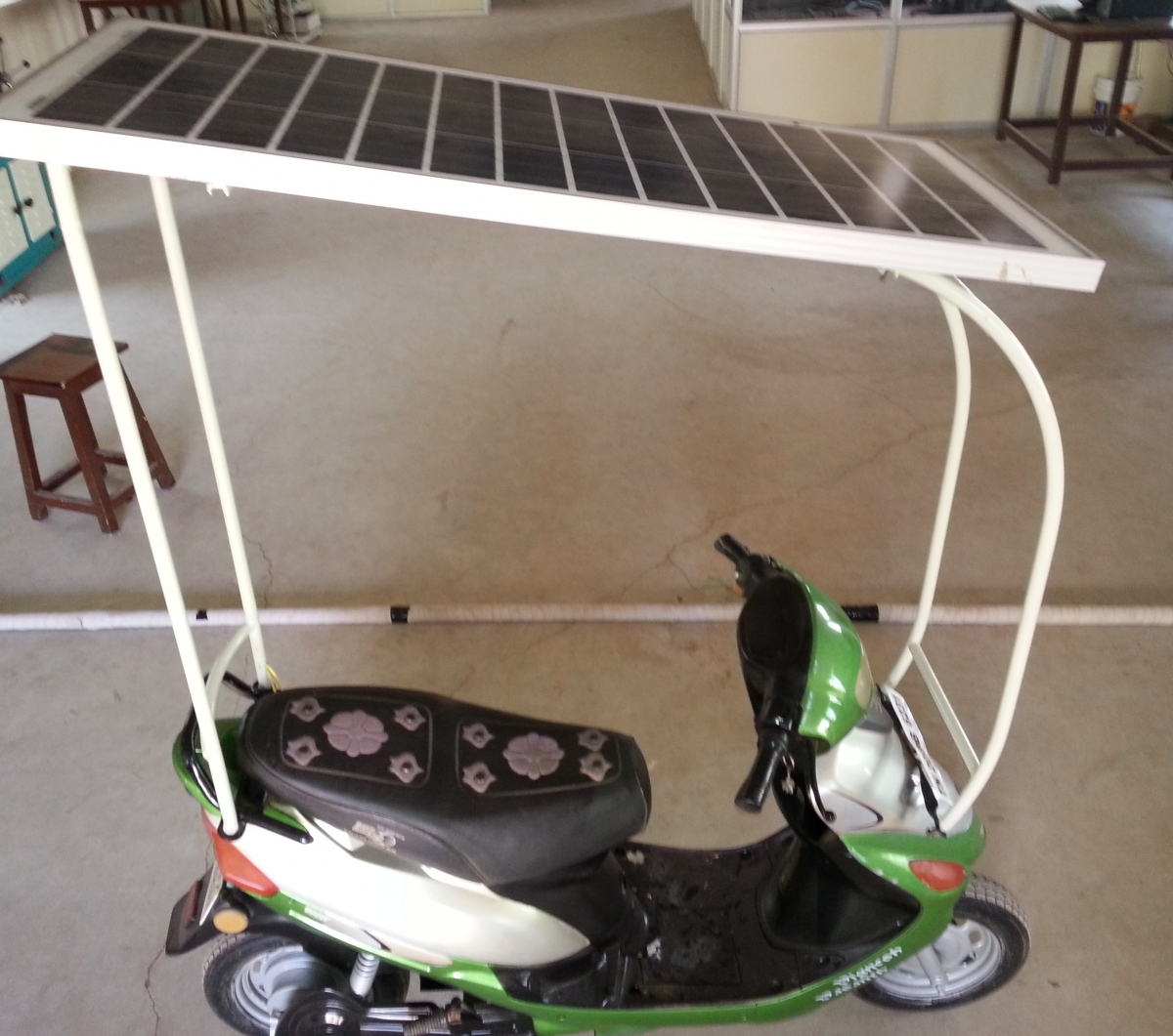 Engineering Students Invent Eco Friendly Solar Bike In