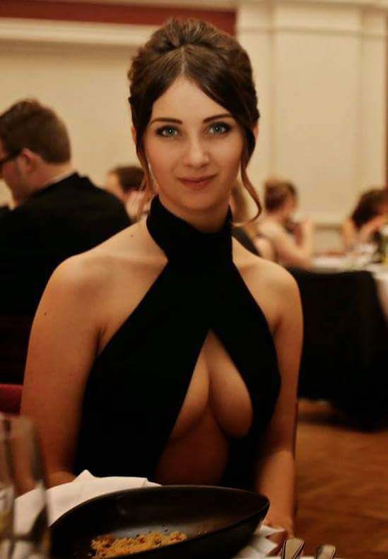 Nikita Klæstrup m Julie Zangenberg new breasts
