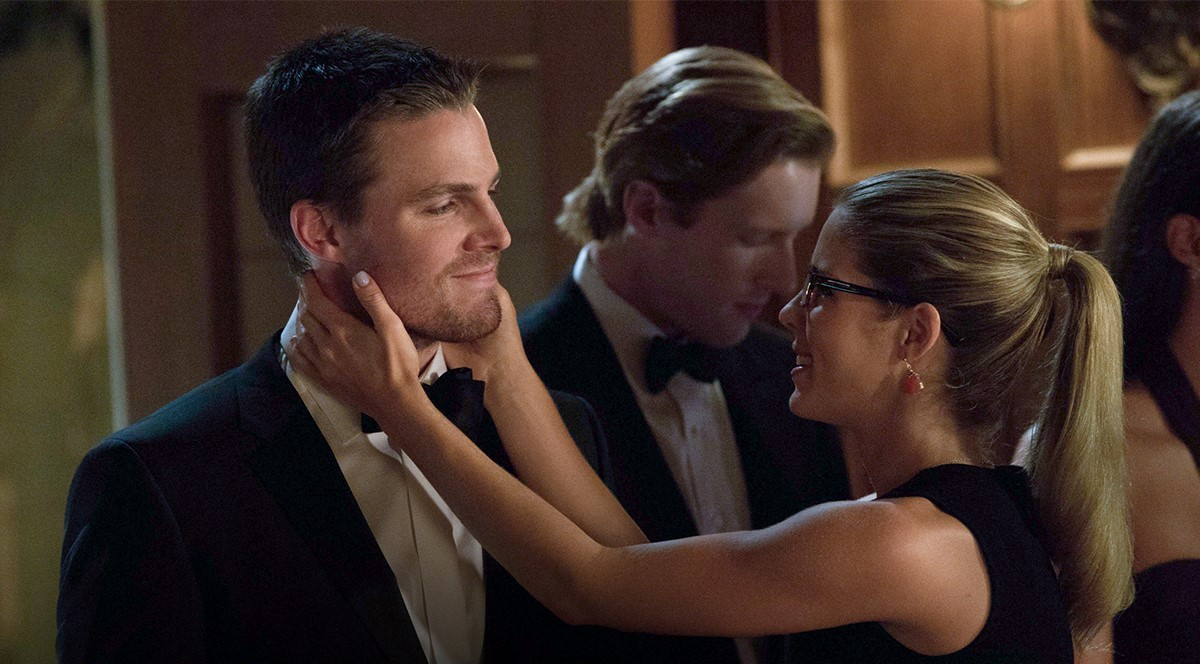 'Arrow' Season 3 Spoilers: Will Felicity Join Oliver's ...