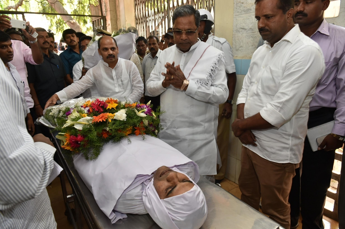 Karnataka Foul Play Suspected In Ias Officer S Death