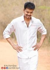 Vijay's Look in 'Puli' Out