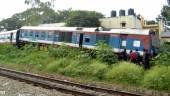 train derails