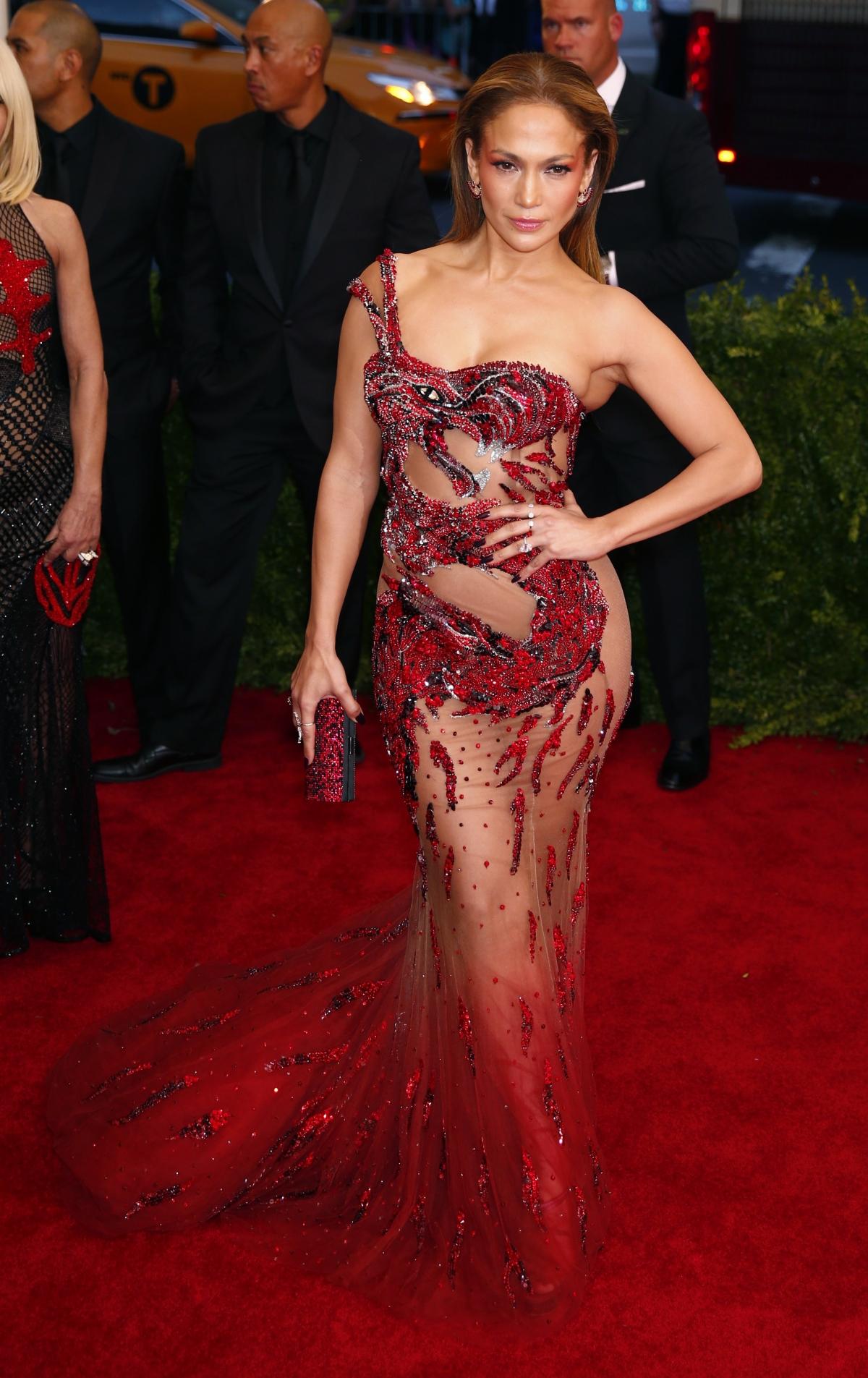 Met Gala 2015 Beyonce Kim Kardashian Miley Cyrus And