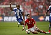 Yacine Brahimi FC Porto Nicolas Gaitan Benfica