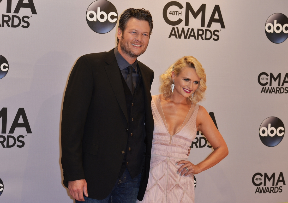 miranda and blake dating pictures Blake shelton may be dating singer gwen stefani, but we all know prior to pursuing his the voice co-judge, he was tied down to his fellow country crooner, miranda lambert.