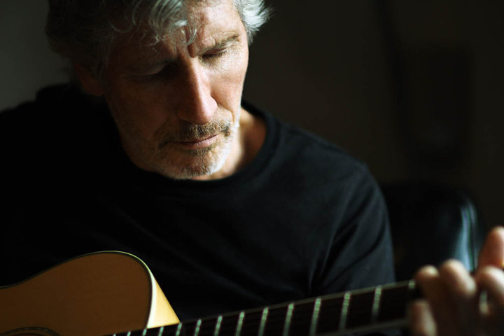 roger waters turns 72 inspirational quotes by bassist best pink floyd songs to celebrate. Black Bedroom Furniture Sets. Home Design Ideas