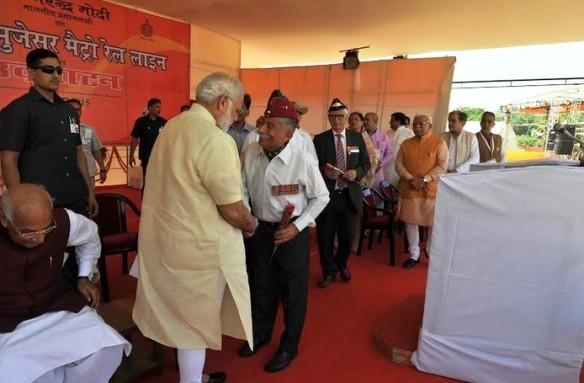 PM with ex-servicemen