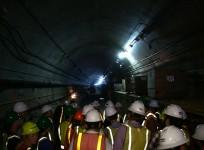 underground-tour-views-the-construction-of-the-second-avenue-subway-line