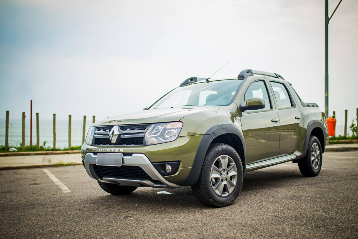renault duster oroch pickup launched in brazil india entry on cards. Black Bedroom Furniture Sets. Home Design Ideas