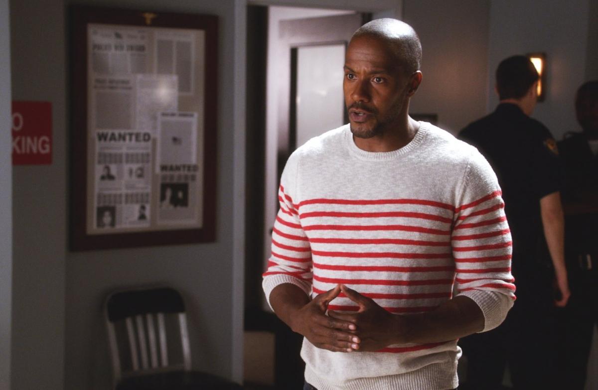 Watch Hit The Floor Season 3 Episode 9 Online Derek