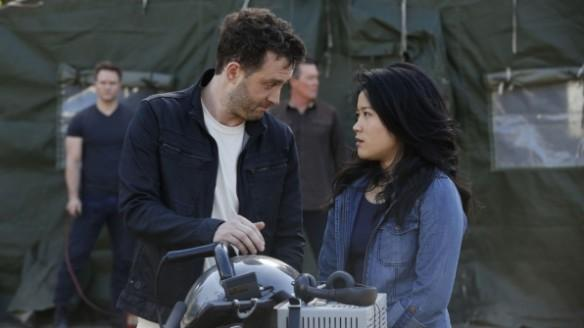 Eddie Kaye Thomas as Toby Curtis and Jadyn Wong as Happy Quinn
