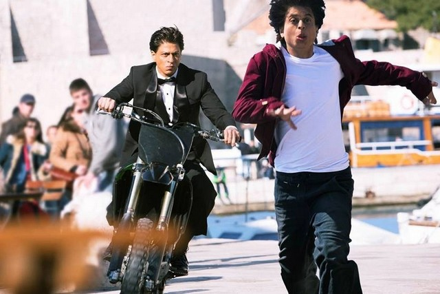Shah Rukh Khan Fan 2016 Wallpapers: 'Fan' Movie Review By Audience: Live Update