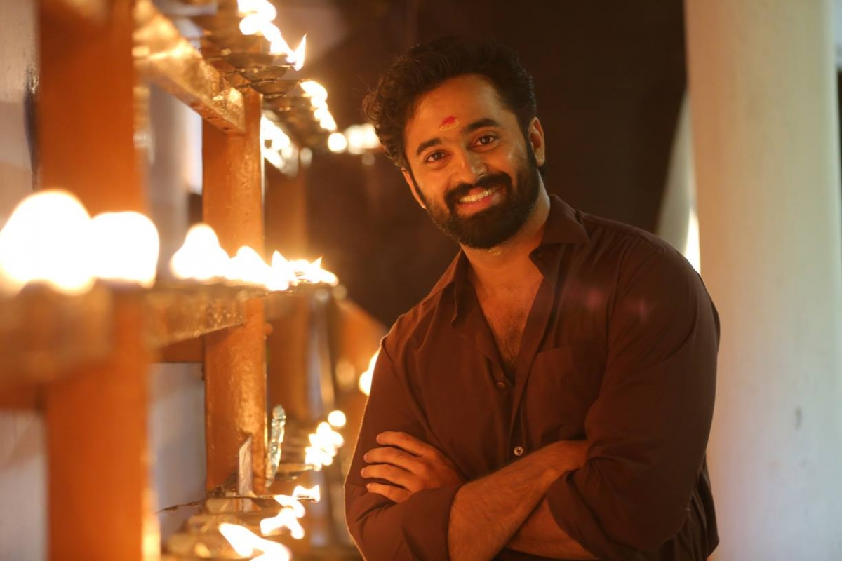 unni mukundan phone number