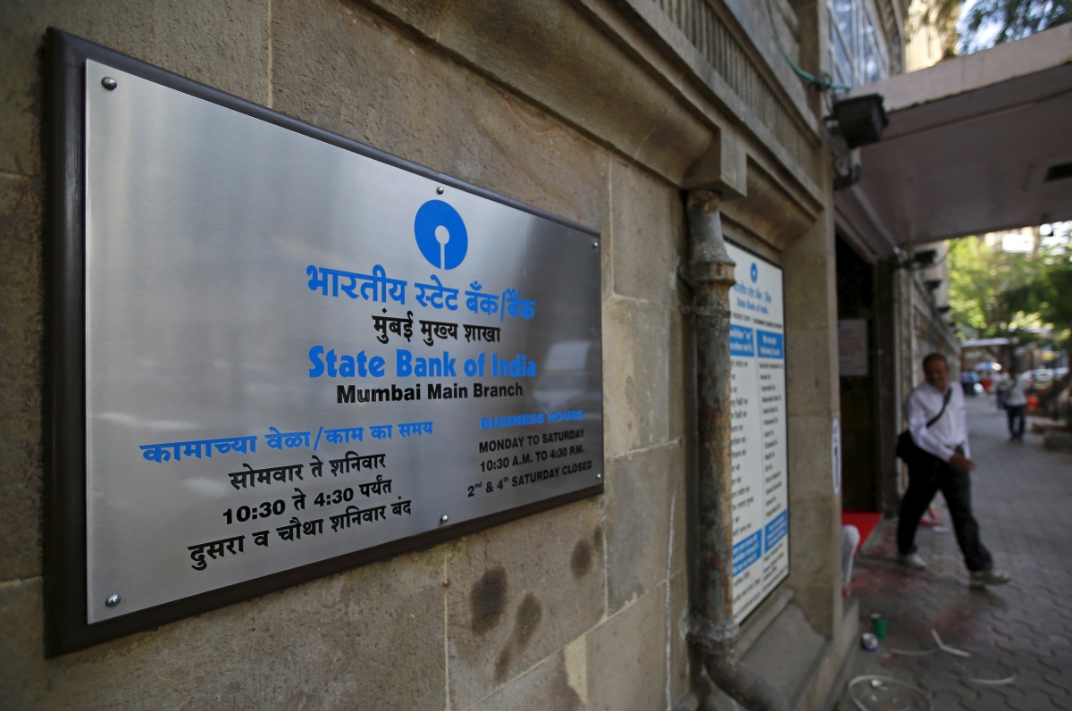 State Bank of India to recruit  2200 officers, launches new career website to woo youth - International Business Times, India Edition