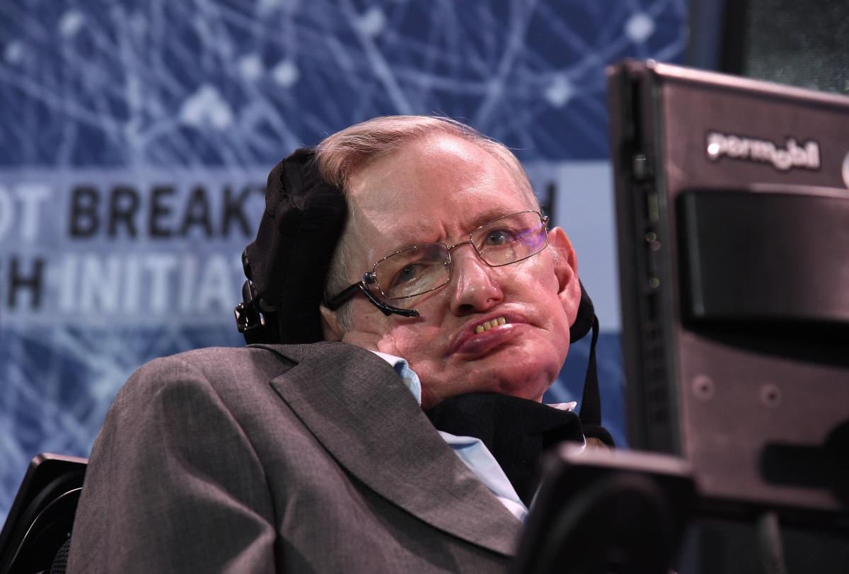 Stephen Hawking slams demagogue Donald Trump and backs ...
